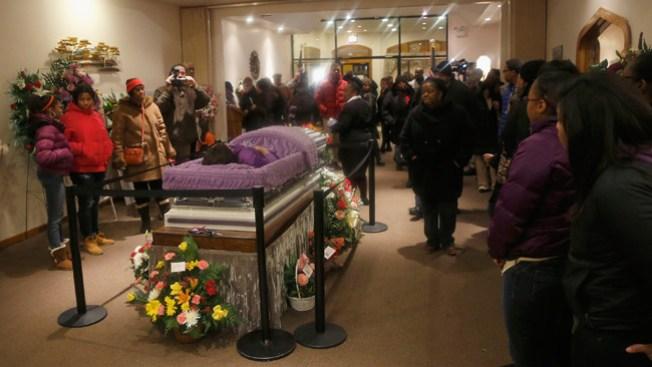 Primera Dama asiste al funeral