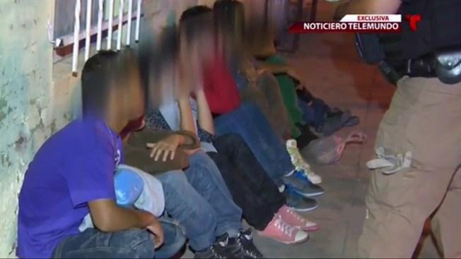 Cruz Roja socorre a niños migrantes