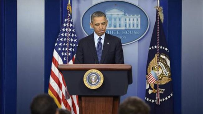 Obama insiste en evitar los recortes