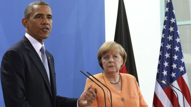 Obama y Merkel hablan sobre Ucrania