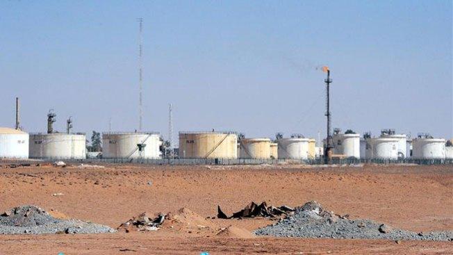 Mueren 7 rehenes y 11 terroristas en Argelia