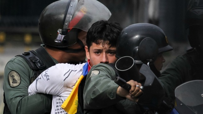 México dará a EU datos financieros de funcionarios venezolanos