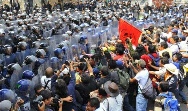 México: Las policías, sumidas en el desprestigio