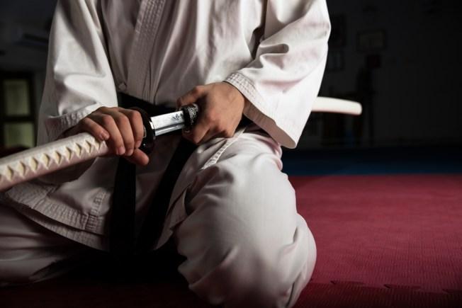 Muere actor por espada en Japón