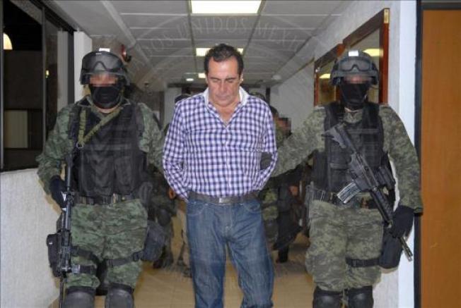 Fiscalía interroga a Beltrán Leyva