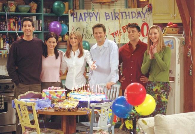 """¿Premios por un maratón de """"Friends""""? $1,000 y más"""