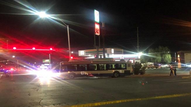 Policía: muere mujer en silla de ruedas al ser atropellada en Las Vegas Boulevard