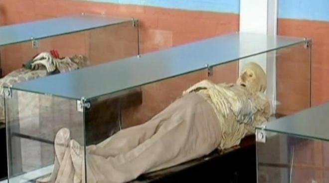 Las extrañas momias de San Bernardo