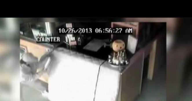 Video: El ladrón más torpe del mundo