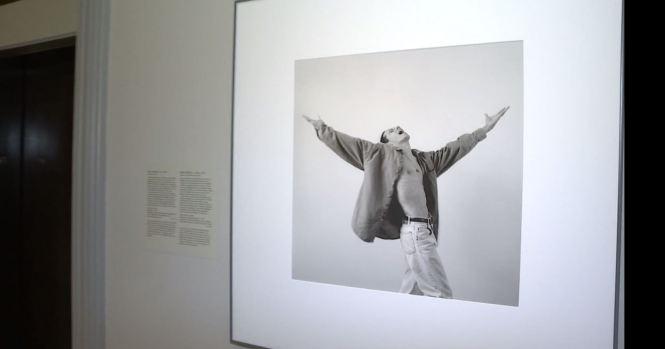 Develan retrato de Marc Anthony en la Galería Nacional de Retratos