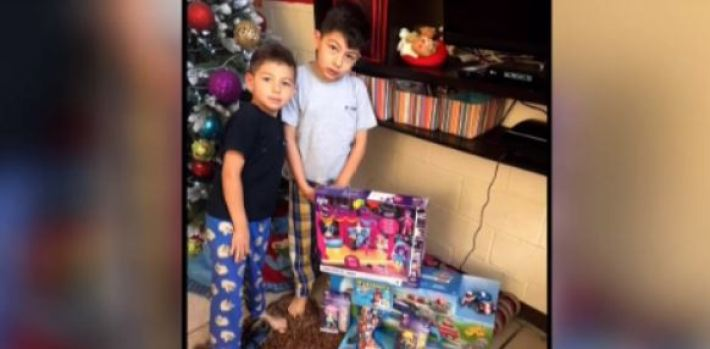 Leo, el niño símbolo de esperanza tras terremoto en México