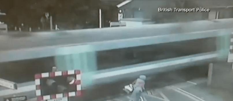 Video: A punto de morir y no se da cuenta