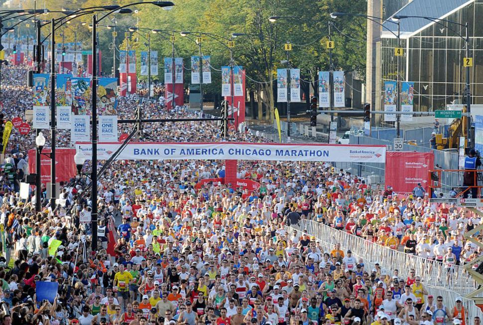 Histórico triunfo de estadounidense en Maratón de Chicago